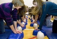 students doing cpr training